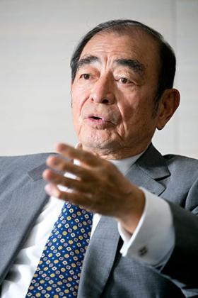 富士フイルムホールディングスの古森重隆・会長兼CEO(最高経営責任者、写真=的野弘路)