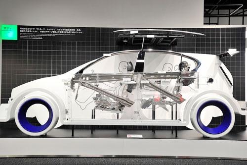 トヨタの事業再編でシート事業はトヨタ紡織に集約される(写真:早川 俊昭)