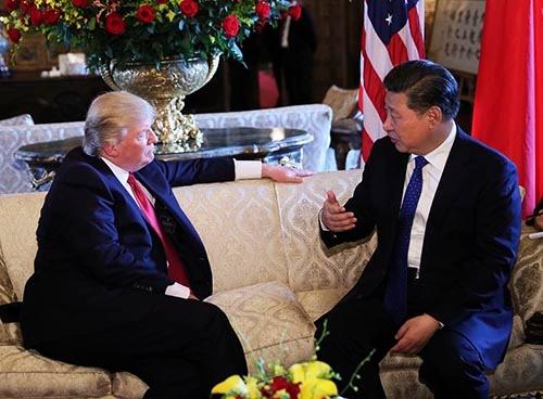 トランプ米大統領の別荘で開催された米中首脳会談(写真:新華社/アフロ)