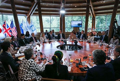 6月1日にカナダで開催されたG7財務相・中央銀行総裁会議(写真:ロイター/アフロ)