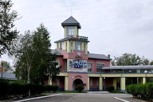 子供鉄道の立派な駅