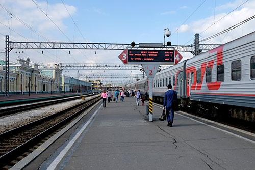 イルクーツクで発車を待つ57列車。イルクーツクともこれでさよならである