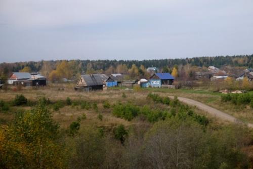 ここまで来てもシベリアの開拓村のような風景が見られる
