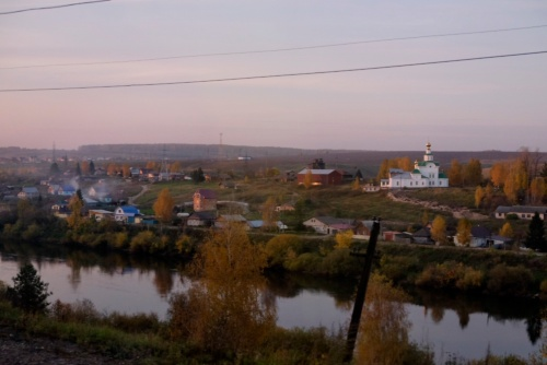 金色のネギ坊主が乗ったロシア正教の立派な教会も、よく見かけるようになった