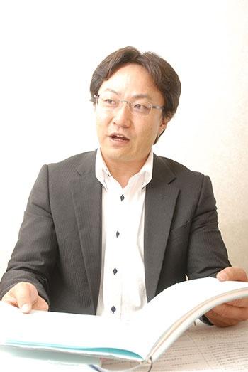 「現在形や未来形で質問するだけで部下の答えは前向きになる」と説明する東川氏