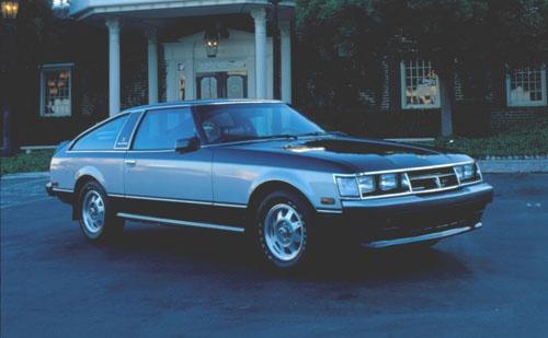 1978年に登場した初代(A40/A50型)。国内名称は「セリカXX(ダブルエックス)」