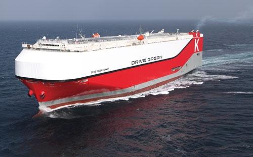 <b>世界最大級の自動車運搬船に、最先端の環境技術を詰め込んだ</b>