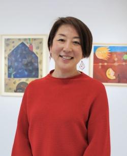 ホワイトシップの長谷部貴美社長。同社でアートプロデューサーを務める。