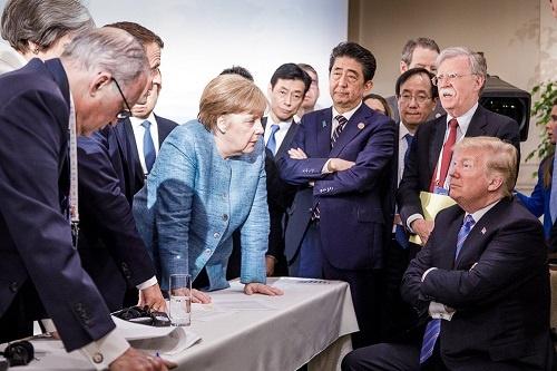 各首脳が激論を交わすシーンが話題になったワンカット(写真:GERMAN FEDERAL GOVERNMENT/UPI/アフロ)