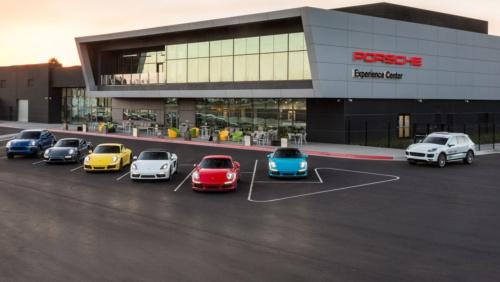 米国ロサンゼルスのポルシェ エクスペリエンスセンター。新車の納車や博物館、レストラン、またオンロード、オフロード両方のドライブトレーニングが可能なテストコースを併設するポルシェの体験型拠点。上海はアトランタ、ロサンゼルスに続き世界で3番目となる