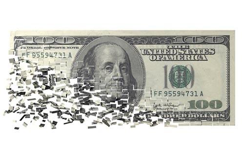 金融危機はもちろん忌まわしい出来事だが、バフェットやマンガーにとってはチャンスでもある。(写真:PIXTA)