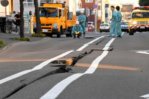9月6日には北海道胆振東部地震が発生、大きな被害が出た(写真=朝日新聞社)