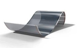 <b>開発が進む有機系の太陽電池。薄く柔軟性がある作りにできるのが特徴だ</b>