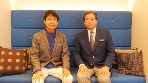 千葉功太郎氏(左)とワタナベエンターテインメントの吉田正樹会長
