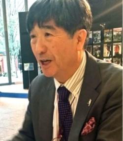 <b>真田 幸光(さなだ・ゆきみつ)</b> 愛知淑徳大学ビジネス学部・研究科教授(研究科長)/1957年東京生まれ。慶応義塾大学法学部卒。81年、東京銀行入行。韓国・延世大学留学を経てソウル、香港に勤務。97年にドレスナー銀行、98年に愛知淑徳大学に移った。97年のアジア通貨危機当時はソウルと東京で活躍。2008年の韓国の通貨危機の際には、97年危機の経験と欧米金融界に豊富な人脈を生かし「米国のスワップだけでウォン売りは止まらない」といち早く見切った。