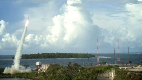 「THAAD」を巡る米中の駆け引きが韓国をすくませる(写真提供:U.S. Department of Defense, Missile Defense Agency/ロイター/アフロ)