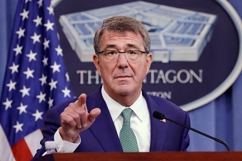 カーター国防長官曰く「準備はできている」。米国が北朝鮮への「先制攻撃」を口にし始めた(写真:ロイター/アフロ)