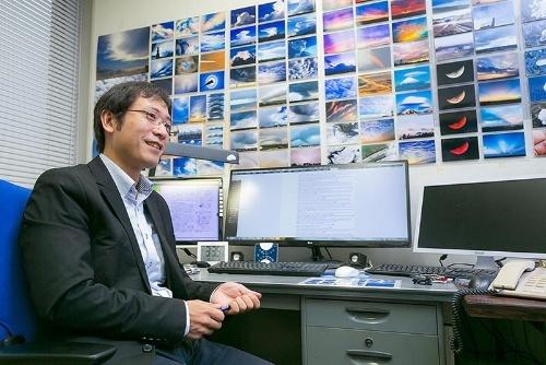気象庁気象研究所で雲の科学を研究する荒木健太郎さん。