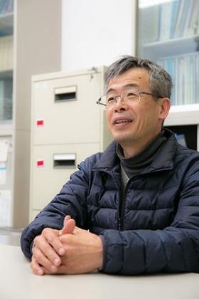 東京大学大学院新領域創成科学研究科教授の河村正二さん。