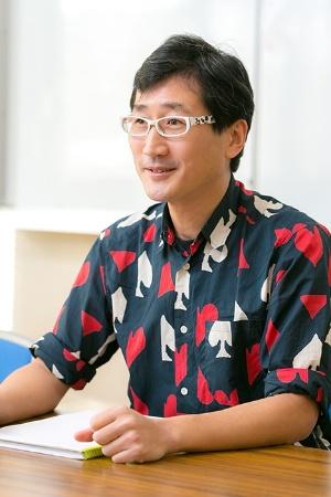 森林総合研究所鳥獣生態研究室に所属する川上和人さん。