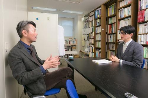 「本来持っていた自分らしさとはまったく違う場所に行き着いてしまうのが、依存症の一番の怖さです」と松本さん。