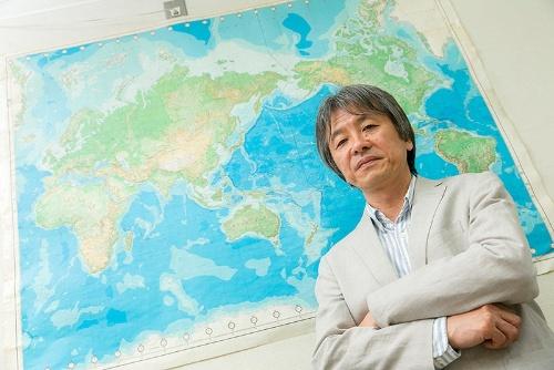 世界のプラスチック汚染の現状と各国の動向に詳しい高田さんは、日本の対応の遅れを強調した。