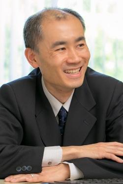 文京学院大学教授の村井潤一郎さん。