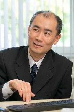 村井潤一郎さんは日本では数少ない嘘研究の専門家だ。