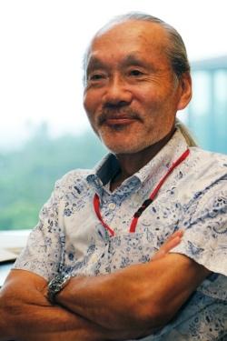 新竹積OIST教授。