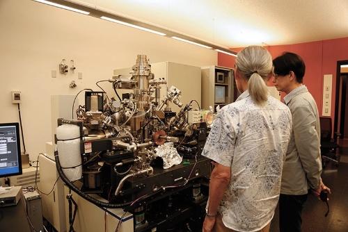 これが量子波光学顕微鏡!の「コザクラ(仮)」