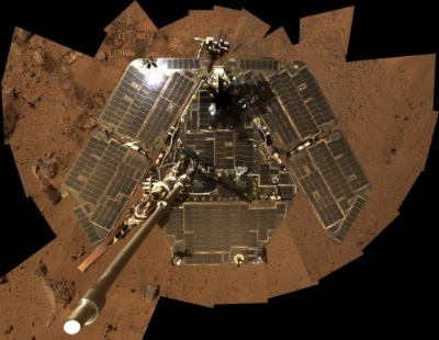 スピリットの自撮り写真。(Image:NASA/JPL-Caltech/Cornell)