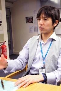 英国ケンブリッジ大学で研究を行なう栄養疫学者の今村文昭さん。