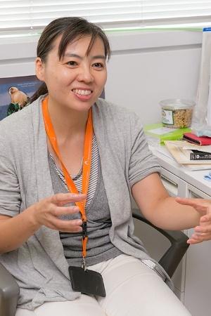 久世濃子さんも二人の幼いお子さんの母親だ。