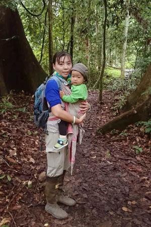 こちらもダナムバレイの母子。子どもが1歳半のときに撮影。(写真提供:久世濃子)