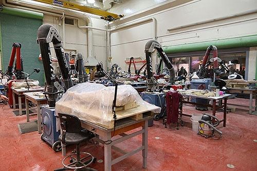 充実の設備を誇るクリーニング室。(写真提供:川端裕人)