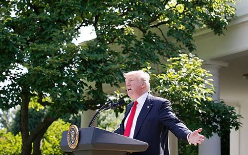 6月1日、パリ協定からの脱退を表明したトランプ米大統領(写真:ロイター/アフロ)