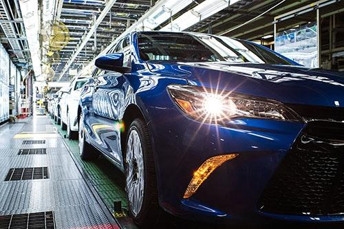 トヨタは「今後5年間の米国内での100億ドル投資計画」を公表。写真は、トヨタ・モーター・マニュファクチャリング・ケンタッキー(TMMK)の工場内