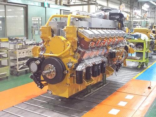 相模原工場にあるガスエンジン発電機の製造現場