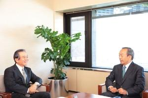 トヨタ内山田会長が語る「2050年ビジョン」:日経ビジネス電子版