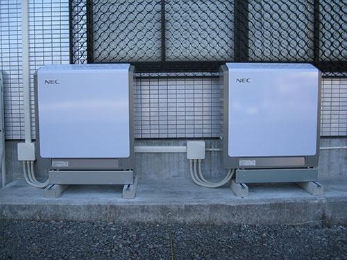 事業所に設置した蓄電池の例