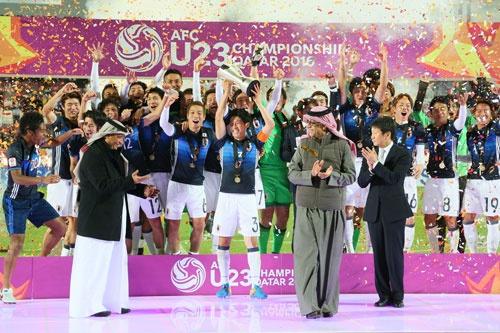 23歳以下(U-23)アジア選手権で優勝し、リオデジャネイロ五輪出場を勝ち取ったサッカー男子五輪代表チーム(長田洋平/アフロスポーツ)