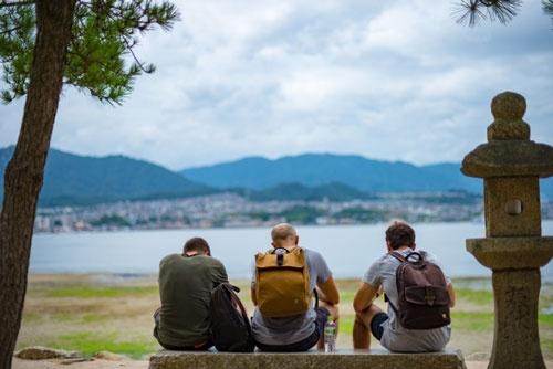 外国人観光客が増加したことで、地方でも通訳などの需要が生まれている