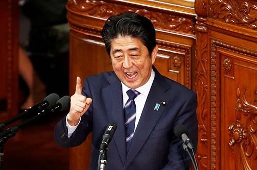 昨年9月の臨時国会で、構造改革を訴える安倍晋三首相。(写真:ロイター/アフロ)
