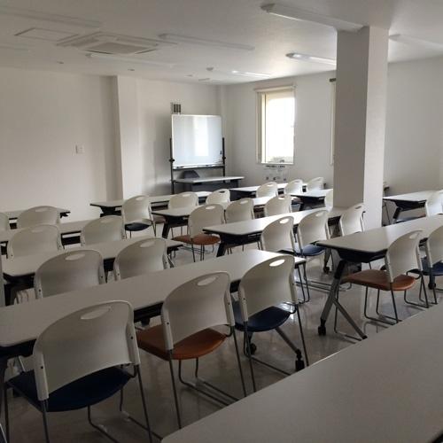 ヤマグチの店の2階にある研修ルーム「シマぴょんの部屋」