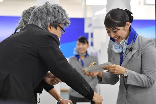 ANAの「空港カスタマーサービス スキルコンテスト」の様子(撮影:吉川 忠行、ほかも同じ)