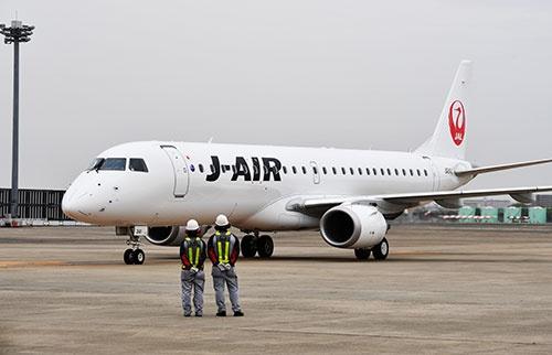 世界各国の航空会社が導入しているエンブラエル190(撮影:吉川 忠行、ほかも同じ)
