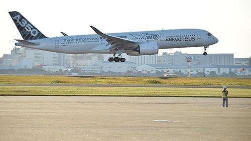 JALは次世代機として、エアバスの最新鋭機A350 XWBを選んだ(撮影:吉川 忠行、他も同じ)