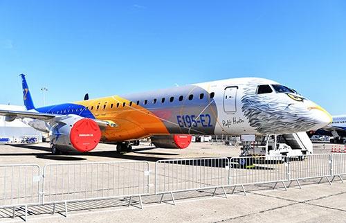 エンブラエルがパリ航空ショーに出展したE195-E2