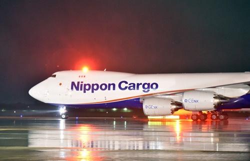 旅客機ではみかけなくなったジャンボも、貨物機ではまだ活躍している