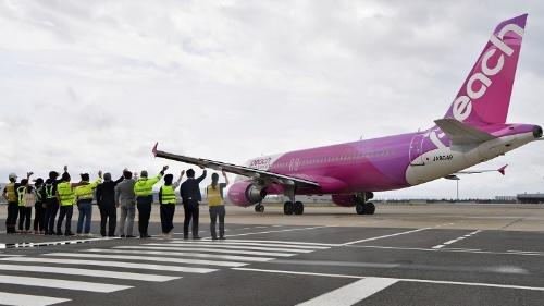 関空を出発する再開初便となったピーチの新潟行きMM143便(写真:吉川 忠行、以下同様)